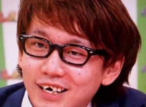 三四郎・小宮の歯が復活している?
