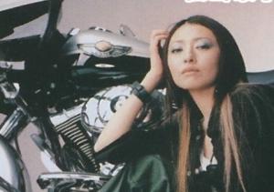 松雪泰子の趣味はバイクでツーリング?