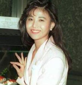 松平健が妻を亡くした時も役者を演じきった