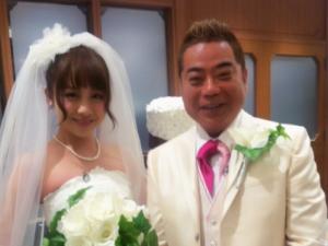 出川哲朗の嫁は誰?